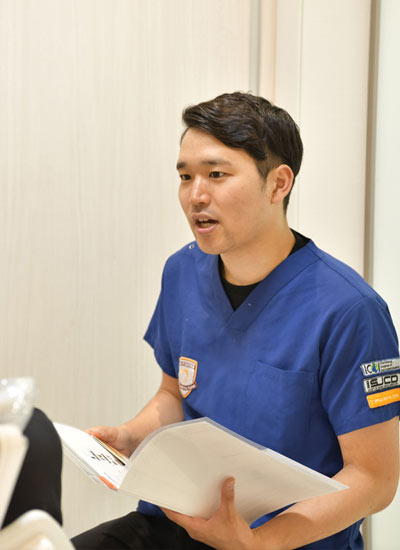 アップル歯科尼崎駅前の歯科医師