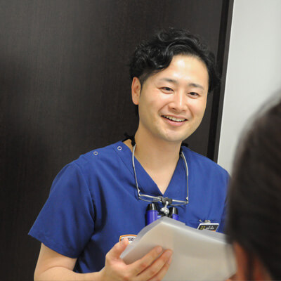 歯科医師 藤野