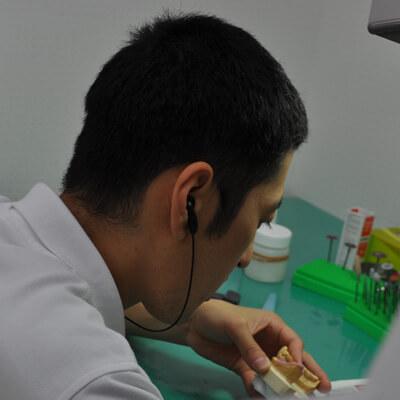 歯科技工士 藤坂