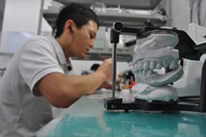 歯科技工士募集